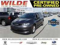 Options:  2017 Chrysler Pacifica Touring|Granite