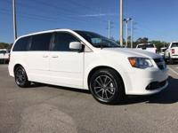 CARFAX One-Owner. Clean CARFAX. White 2017 Dodge Grand