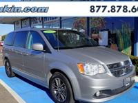 2017 Dodge Grand Caravan SXT Billet Clearcoat CARFAX
