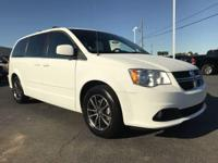 This 2017 Dodge Grand Caravan 4dr SXT Wagon features a