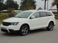 Options:  2017 Dodge Journey Crossroad Fwd Used|White