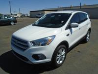 EPA 28 MPG Hwy/22 MPG City! CARFAX 1-Owner. CD Player,