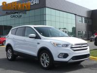 1 Owner Clean Carfax! Ford Escape SE 2017 29/22