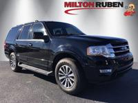 This 2017 Ford Expedition 4dr features a 3.5L V6