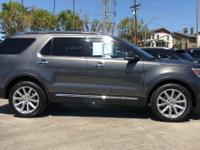 Options:  2017 Ford Explorer Limited|1/|V4 2.3 L