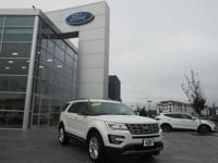 White Platinum Metallic Tri-Coat 2017 Ford Explorer XLT