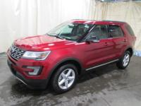 Explorer XLT, AWD, Ebony Black w/Leather Heated Bucket