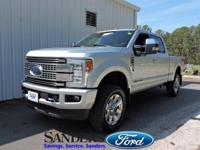 This Ford Super Duty F-350 SRW has a dependable