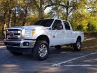 4WD. Turbocharged! Crew Cab! This wonderful 2017 Ford