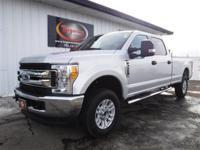 FREE POWERTRAIN WARRANTY! VERY CLEAN NEAR NEW 2017 FORD