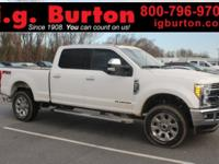 LARIAT, WHITE, CREW CAB, NAVIGATION, ONE OWNER, FX4