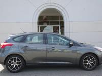 2017 Ford Focus SEL CARFAX One-Owner. 36/26