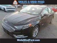 NAVIGATION - POWER MOONROOF - HEATED LEATHER SEATS -