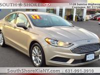 4D Sedan 2017 Ford Fusion SE FWD 6-Speed Automatic 2.5L