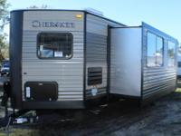 CHECK THIS USED CHEROKEE TRAVEL TRAILER OUT!!!