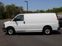 2017 GMC Savana 2500 Commercial Cargo Van 4.8L!! Clean