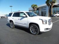 Delivers 20 Highway MPG and 15 City MPG! This GMC Yukon