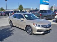 LEATHER, SUNROOF / MOONROOF, BLUETOOTH, BACKUP CAMERA,
