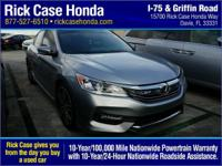 Recent Arrival! Clean CARFAX. Cloth. Silver 2017 Honda