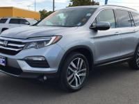 CARFAX One-Owner. Clean CARFAX. 2017 Honda Pilot Elite