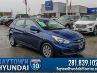 2017 Hyundai Accent SE Clean CARFAX. CARFAX One-Owner.