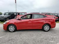 Options:  2017 Hyundai Accent Se 4Dr Sedan