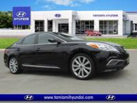 Delivers 28 Highway MPG and 19 City MPG! This Hyundai