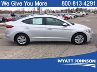 Symphoney Air A 2017 Hyundai Elantra SE FWD 6-Speed