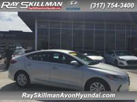 FUEL EFFICIENT 38 MPG Hwy/29 MPG City! SE trim. CD