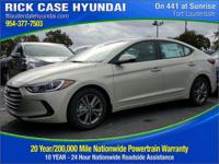 2017 Hyundai Elantra SE  in Mineral / Beige. The