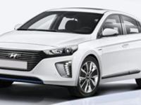 Heated Seats, Dual Zone A/C, Keyless Start, Hybrid,
