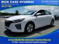 2017 Hyundai Ioniq Hybrid Blue  in Ceramic White and 20