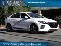 Temecula Hyundai is pleased to offer this gorgeous 2017