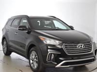2017 Hyundai Santa Fe Limited !!!This 2017 Hyundai