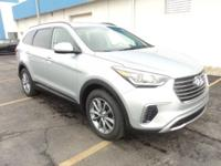 2017 Hyundai Santa Fe SE Bluetooth, Hands-free, Keyless