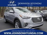 2017 Hyundai Santa Fe SE. Premium Package 02 (3rd Row
