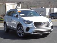 2017 Hyundai Santa Fe SE AWD, Cloth.  Options:  3.041