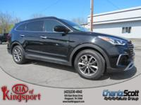 This 2017 Hyundai Santa Fe SE, has a great Becketts