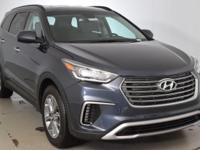 2017 Hyundai Santa Fe SE !!!This 2017 Hyundai Santa Fe