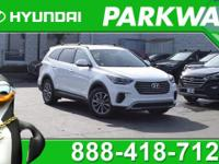2017 Hyundai Santa Fe SE SE MODEL, COME SEE WHY PEOPLE