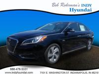 2017 Hyundai Sonata Hybrid Limited Black WITH SOME