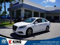 $2,999 off MSRP! 43/38 Highway/City MPG King Hyundai is
