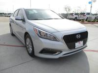 This outstanding example of a 2017 Hyundai Sonata