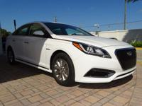 $3,573 off MSRP! 45/39 Highway/City MPG King Hyundai is