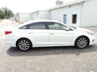 2017 Hyundai Sonata Limited White, High Performance