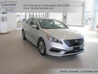 2017 Hyundai Sonata Limited Clean CARFAX. 35/25