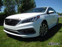 This new 2017 Hyundai Sonata in Queensbury, NY gives