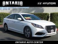 This Hyundai Sonata Plug-In Hybrid boasts a