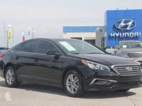 2017 Hyundai Sonata SE FWD 6-Speed Automatic with