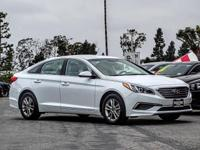 White 2017 Hyundai Sonata SE FWD 6-Speed Automatic with